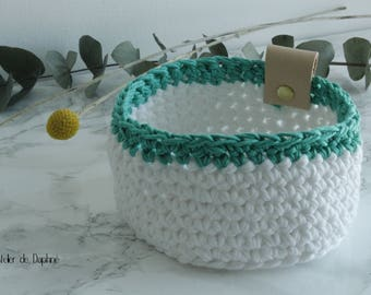 Crochet basket and leather, white and green, brass rivet