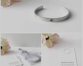 Aluminium fox cuff bracelet . Hand stamped fox. Ideal gift. Gift for her. Jewellery. Widlife, Fox, Nature lover. Stacking cuff/bracelets