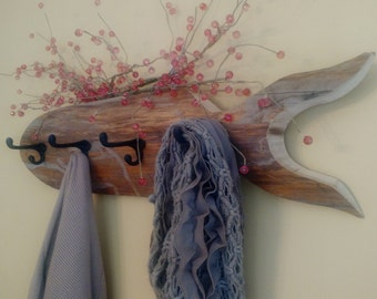 Fish coat rack