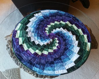 """Quilted circle table topper, 26.5"""" diameter"""