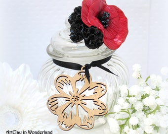 Bonbonniere graceful flower, poppy, red and black