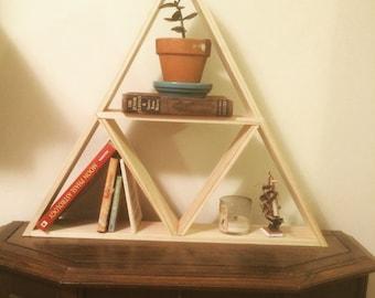 Pyramid triangle shelf