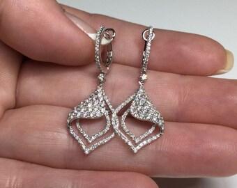 Stunning!! 18K White Gold 1.22 CTW Diamond Dangle Earrings 4.4 Grams