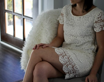 Vintage Look White Lace Dress Size 4 Small