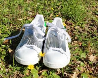 Polish silver leather shoe lace fringe