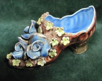 Gold-tip Flowered Porcelain Shoe