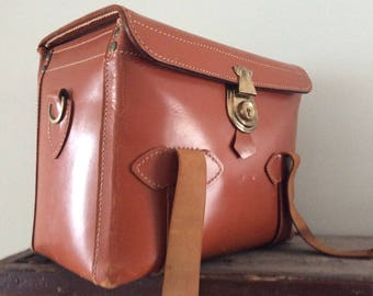 Vintage Leather Case / Camera Case by Maruemu of Tokyo Japan / Leather Carrying Case / Storage Box