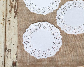 x 100 Doilies in paper lace - 8.8 cm - white - great gifts - wedding, birthday, christening, Scrapbooking