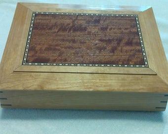 Contoured Keepsake/Jewelry Box