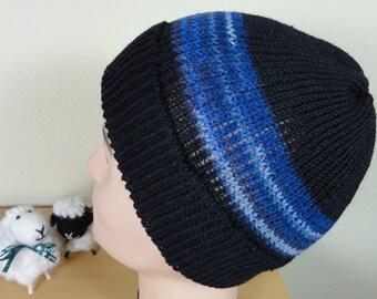 Herrenbaenie black with dark blue stripes