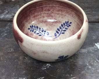 Stoneware, pattern flowers Bowl
