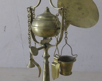 Whale / Olive Oil  Brass  Lamp