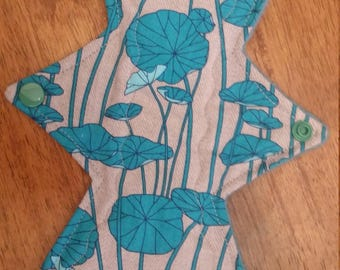 "10"" lilypad cloth pad"