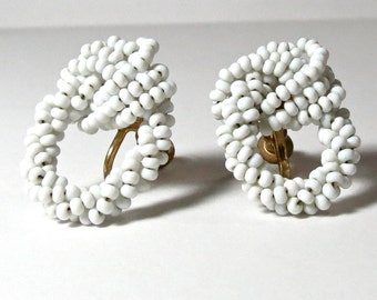 White knot earrings - Seed Bead Earrings - White Seed beads - Beaded Knot - Tiny bead - Knotted earrings - white earrings - screwback