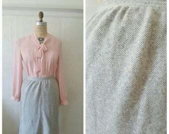 Vintage 50s, wool skirt,  secretary skirt, light grey, grey skirt,  size small