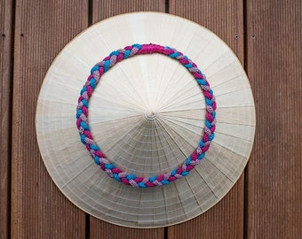 Upcycling chain braided wool in pink, purple and blue