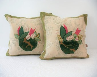 Pair of cushion covers, green light border