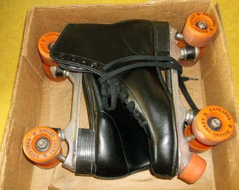 Vintage Official Roller Derby Skates black mens size 10 womens size 12 roller skates