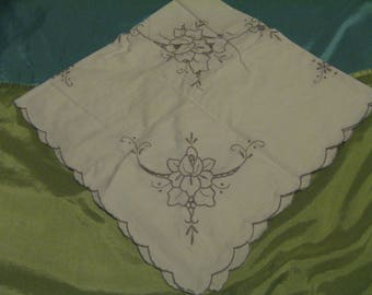 Antique/Vintage Cutwork Embroidered Tablecloth 80 x 80 cms Old'e Yesteryear