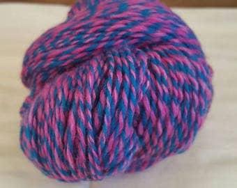 "Super fine merino wool 2-ply handspun ""Bubblegum"""