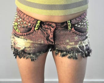 Pink Acid Wash Denim Shorts size 8 cut offs studded patched reworked Rusty