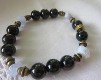 Blue Lace Agate Gemstones and Obsidian Bead Bracelet