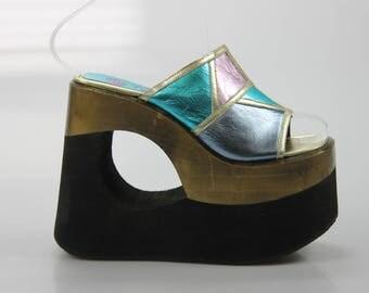 90s vintage Buffalo London, platform wedge heel platform style size. EU: 40 UK 6 1/2 UNITED STATES 9 1/2