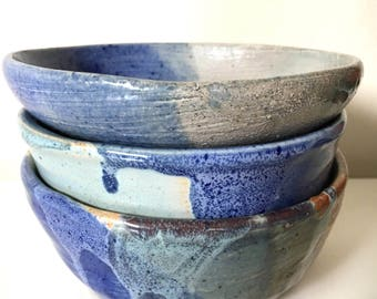 SET of 3 hand thrown vintage pottery bowls - blue - speckled - drip - glazed