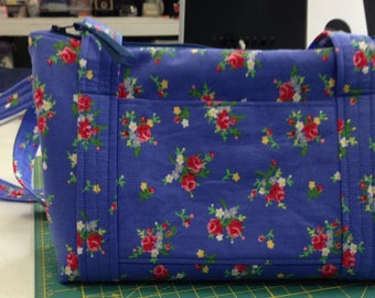handmade fabric purse, blue print, zippered closure