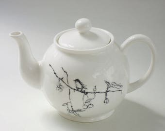 Tracey Emin Foundling & Fledglings teapot - Sold Out Limited Edition Collectable