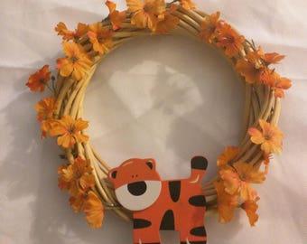 Small Tiger Wreath