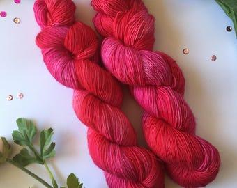 Hand dyed yarn, Strawberry Kisses, sock weight, single ply, superwash merino, 100g, 366m.