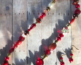 Red, gold, necklace, earings, jewelry set, beaded, christmas, gift, birthday, bracelet
