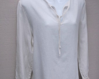 90s does 70s Vintage White Cotton Long Tunic / Boho Hippie Sari Kurta Top // Sz Med - Lge
