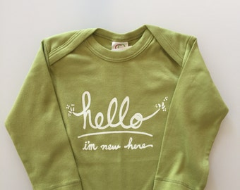 Hello I'm New Here, funny baby gift, gender neutral baby, green white baby (long sleeves 6-12m)