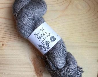 Unicorn Mane - eos fingering weight merino yak silk singles
