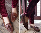 TASSELS 1980's Vintage Brown Braided Leather Loafers w/ Tassels // size 9.5 AA 9M // by Cole Haan