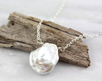 Big Petal Pearl Silver Necklace