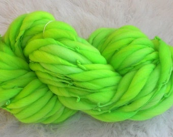 Bright Kelly Green Thick n Thin Merin 37 yards 2.2 oz  Super Bulky