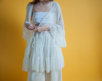BETSEY JOHNSON white sheer tiered ruffle bed jacket / sheer wrap cardigan dress / 2080t / s / m / l / B21