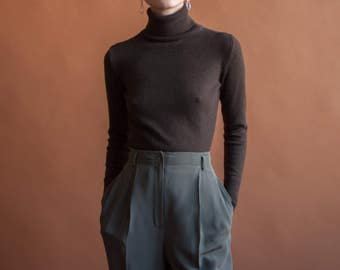 brown merino wool turtleneck sweater / fitted knit sweater / fitted knit top / xs / s / 2216t / B21
