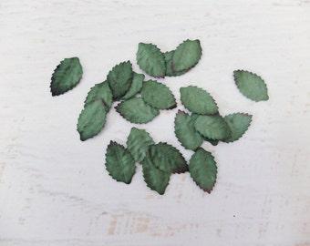 40 mini paper green leaves (size 2)