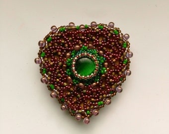 Beadwoven Heart Brooch . Burgundy, garnet, bright green . Cat's Eye Beaded Heart . Mother's Day . Birthday- Romantic Heart by enchantedbeads