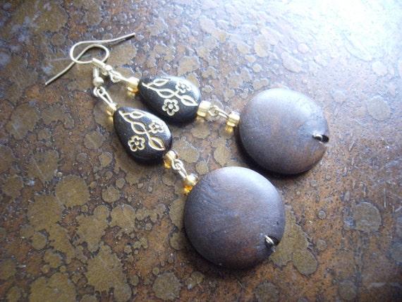 Herbal Wood Glass and Plastic Beaded Dangle earrings