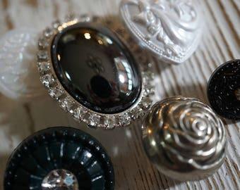 Silver Rose Button Set