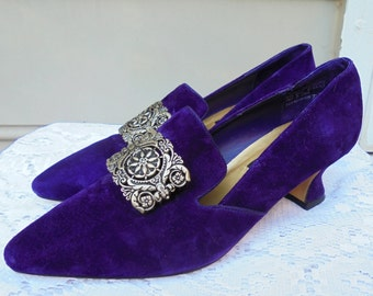 Purple suede shoes vintage Medieval Edwardian costume Halloween buckle   pumps heels 7  from vintage opulence on Etsy