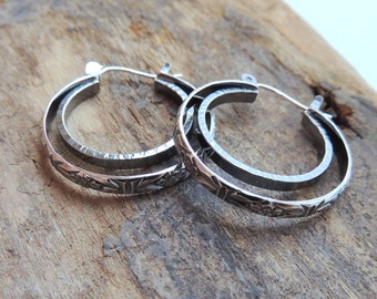 Silver Hoop Earrings, Simple Lever Back Closure, Hoop Earrings