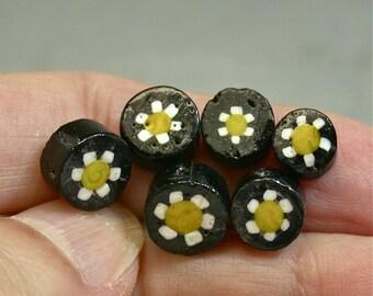 Vintage Glass Beads Venetian BLACK YELLOW WHITE Daisy Flowers 7-8-9mm Pkg6 gl862
