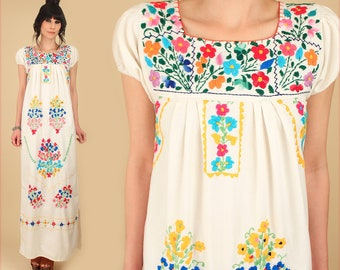 Hand Embroidered Mexican Dress // ViNtAgE 70s Floral Maxi Dress // Cotton Artisan Handmade Hippie BoHo Wedding // Small S