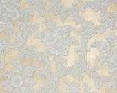 1950s Vintage Wallpaper by the Yard - White Roses on Gold